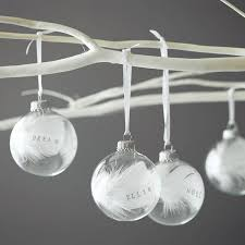 personalised baubles ideas white feathers ribbons