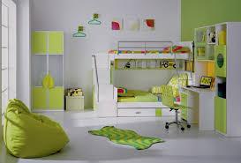chambre enfant verte la déco chambre enfant douce et amusante archzine fr