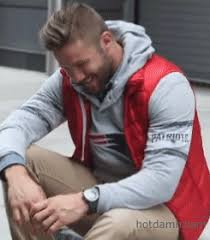julian edelman hair like it all looks so good new england patriots gif find share
