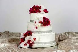 Wedding Cake Display Wedding Cakes University Catering University Of Notre Dame