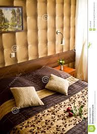 Schlafzimmer Beige Funvit Com Bett Kopfteil Idee
