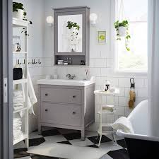 Ikea Bathroom Ideas A Traditional Approach To An Organized Bathroom That S The