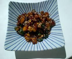 cuisiner des courgettes à la poele courgettes sautées parfumées recette de courgettes sautées