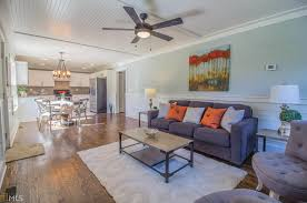 transformed edgewood bungalow touted as u0027adorable u0027 at 350k