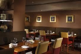 Edinburgh Airport Hotels Family Rooms Start The Holiday Together - Family rooms in edinburgh