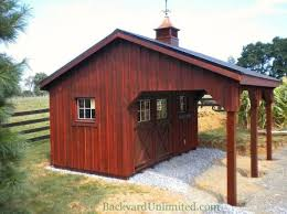 backyard horse barns 11 best barns images on pinterest horse stables horse stalls