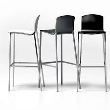 chaise de bar tabouret de bar en métal et bois seven 4 pieds tables chaises