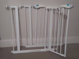 Compression Baby Gate 2 Linden Stair Gates Compression Fit White Kid Proof Lock In