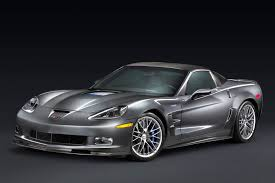 chevy corvett 2009 chevrolet corvette overview cars com