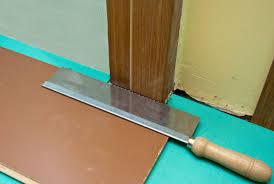 Best Way To Cut Laminate Flooring Flooring Cut Laminate Flooring With Table Sawhow To Around Doors