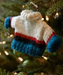 free knit christmas tree ornament patterns knitting pinterest