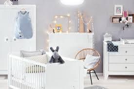 chambre bébé unisex chambre de bébé une déco mixte pour fille et garçon chambres de