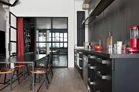 passe de cuisine un appartement de caractère au style industriel