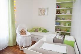 coin bébé dans chambre parentale bébé lui aménager un coin dans la chambre des parents mobilier