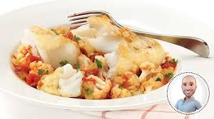 cuisine morue morue poêlée sur chou fleur tomaté recettes iga stefano faita