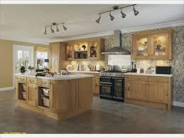 meuble cuisine massif beau cuisine en chene massif photos de conception de cuisine