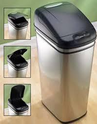 poubelle automatique cuisine styles et caractéristiques des poubelles automatiques le guide