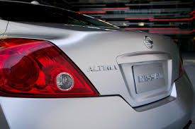 nissan altima coupe review 2008 2009 nissan altima coupe demands attention with aggressive styling