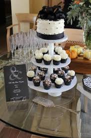 wedding cake and cupcakes wedding cake and matching cupcakes picture of gigi s cupcakes
