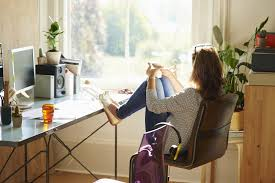 bureau de travail maison télétravail les 8 pièges à éviter madame figaro