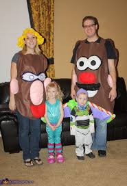 Despicable Family Halloween Costumes 84 Family Costume Ideas Images Halloween Ideas