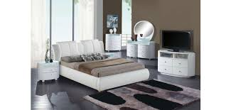 Modern Bedroom Collections Emily White Modern Bedroom Set And White Leather Bed