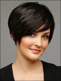 coupe pour cheveux pais coiffures courtes lgantes pour femmes aux cheveux pais coupe