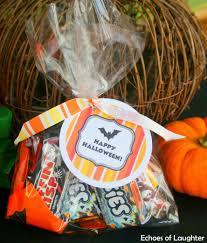 minion halloween basket back to minions treat bucket with free printable tag