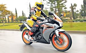 honda cbr125r finance small price big fun mcn