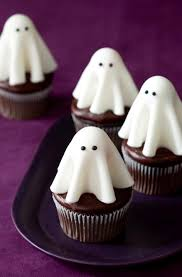 floating ghost cupcakes u2022 tara teaspoon u2022 tarateaspoon