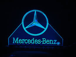 logo mercedes benz wallpaper teknoartes displays iluminados logo mercedes benz a photo on