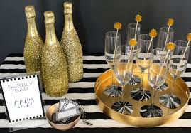 New Years Eve Black And White Decorations by Say Cheers To This Bubbly Bar Evite