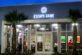 reasons to try an escape room on your vacation