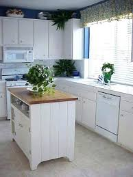 ideas for kitchen islands in small kitchens small kitchen island upsiteme small kitchen island kitchen island