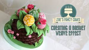 piping bag basket weave effect on a cake decorating tutorial