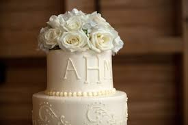 wedding cake layer the surprising truths common wedding superstitions page 4