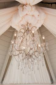 Pretty Chandeliers by 325 Best Chandeliers And Chandeliers Flowers Images On Pinterest