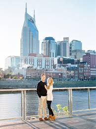 nashville photographers downtown nashville engagement photos at the pedestrian bridge