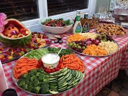 Backyard Bbq Menu by Best 25 Bbq Party Ideas On Pinterest Backyard Barbeque Party