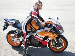 honda cbr 1 riding a honda cbr 1000rr repsol replica sportbike motorbike