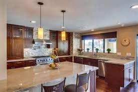 ilot central dans cuisine ilot central cuisine dimension 5 cuisine cuisine avec ilot