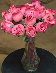 flowers for sale dried pink roses corn husk flowers for sale roses for sale