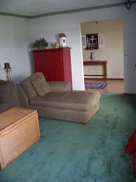 what paint color goes with green carpet carpet vidalondon