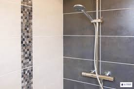 cuisine blanche sol gris charming cuisine blanche et marron 10 indogate salle de bain sol