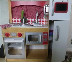 cuisine bois jouet cuisine bois en jouet collection avec cuisine bois jouet ikea des