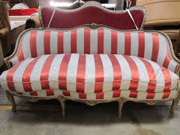 vintage sofas and chairs 102 best vintage sofa images on pinterest chairs antique