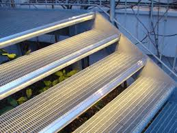 treppe auãÿen beleuchtete stufen led treppenbeleuchtung treppen beleuchtet