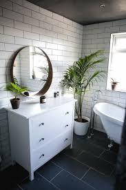 Slate Tile Bathroom Designs Best 25 Roll Top Bath Ideas On Pinterest Bath Tub Farmhouse