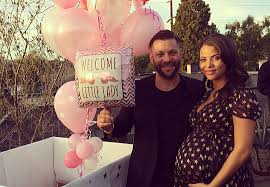 foto vasi vasi and husband are expecting a baby