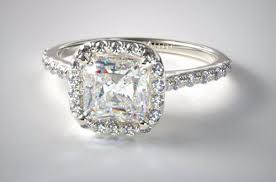 2 carat cushion cut diamond 9000 engagement ring ultimate guide to buying a 2 carat cushion